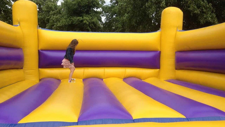 חוגגים חגיגה גדולה עם מתנפחים להשכרה גם הילדים ייהנו